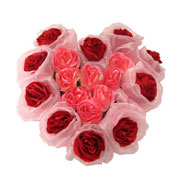 Long Lasting � Heart Shaped Arrangement Red n Pink Roses