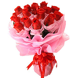 Enchanted Bouquet of Artificial Long Term 15 Ruby Red Roses
