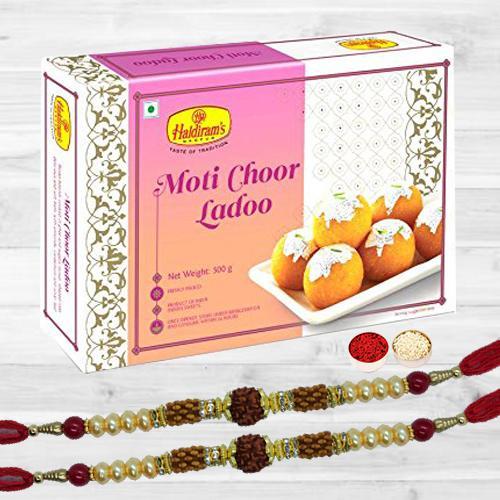 Superb Rudraksha Rakhi N Motichoor Laddoo, Free Card N Roli Chawal