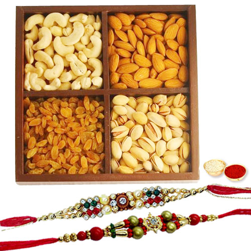 Beautiful Festive Combo of Rakhi With Assorted Dry Fruits