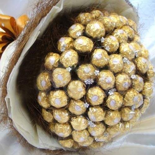 Marvellous Birthday Gift of Ferrero Rocher Chocolate Bouquet
