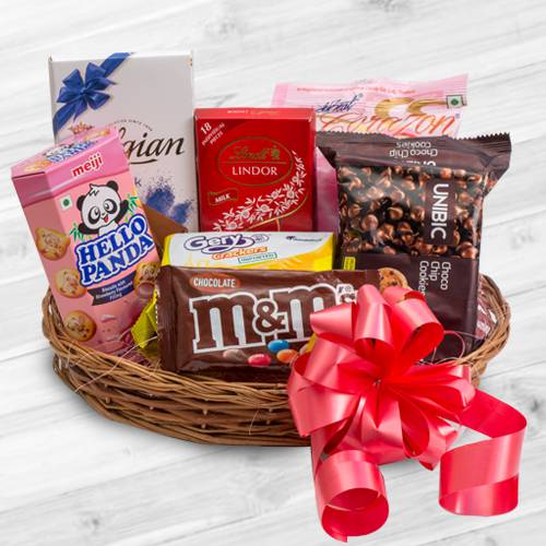 Remarkable Chocolate Gift Basket