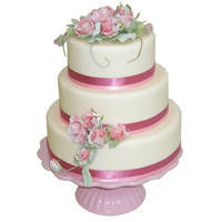 Graceful Three-Tier Wedding Cake