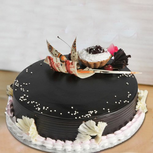Cheerful Treat of 2 Kg Truffle Cake from 3/4 Star Bakery