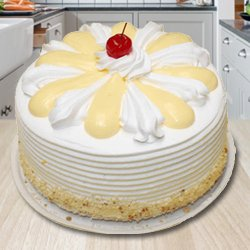 Soul Soothing Delicacy 2 Kg Vanilla Cake from 3/4 Star Bakery