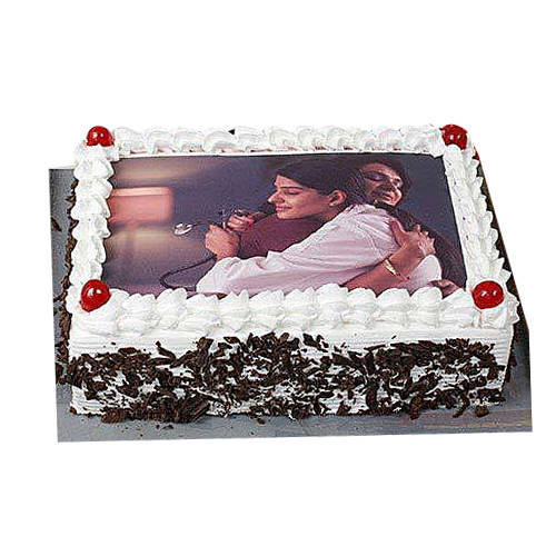 Send Black Forest Photo Cake Online