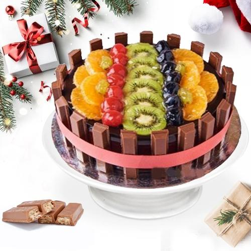 Chocolaty KitKat Fresh Fruits Fusion Cake