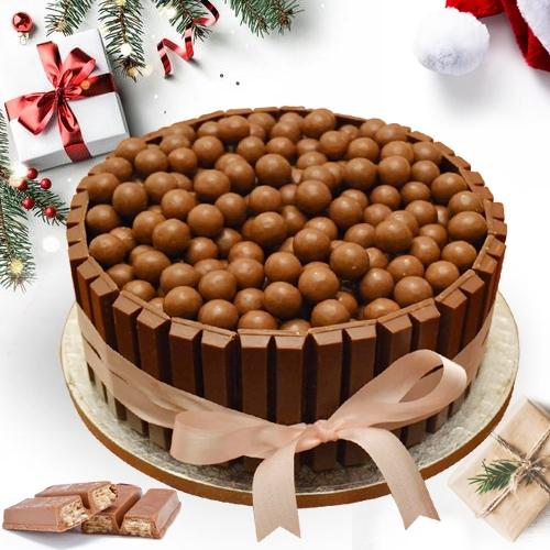 Delectable XMas Special KitKat Nutties Cake