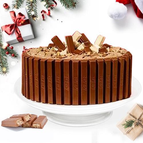 Enjoyable Holiday Treat of KitKat Cake