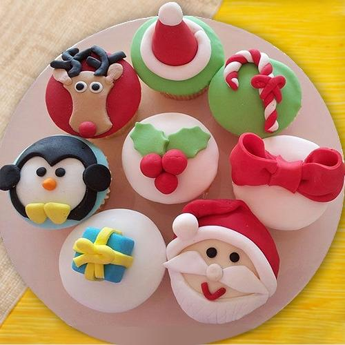 Lovely X-mas Decoration Cup Cakes