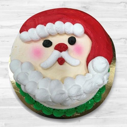 Sumptuous Santa Claus Fondant Cake