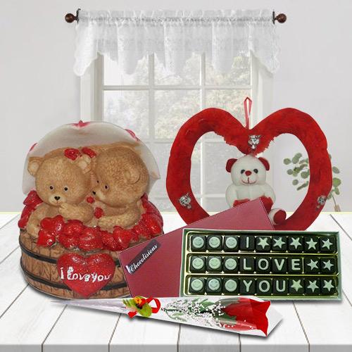 Sending I Love You Gift Hamper