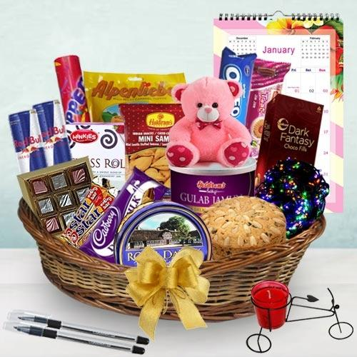 Exclusive Awaiting New Year Gift Hamper
