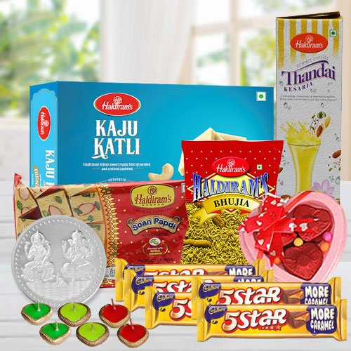 Breathtaking Happy Diwali Gourmet Hamper