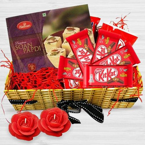Alluring Pamper Hamper Diwali Gift Treat