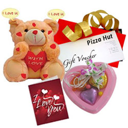 Perfect N Lovely Gift Hamper with Pizza Hut Gift Voucher