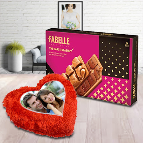 Sending ITC Fabelle Chocolate Box with Personalized Cushion