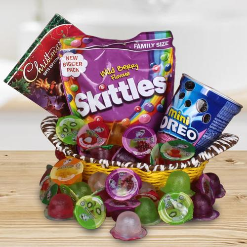Delightful X-Mas Chocolates N Jellies for Kids