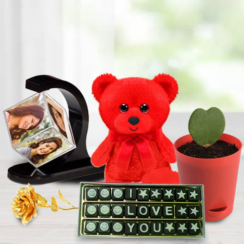 Marvelous Personalized Gift Combo for Anniversary
