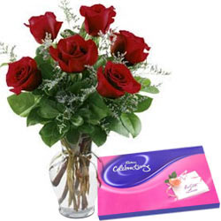 Red Roses Arrangement N Cadbury Celebrations Pack