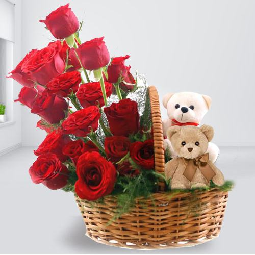 Gorgeous Arrangement of Teddy Duo and Red Roses