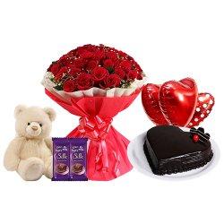 Celebration of Love Valentine Hamper