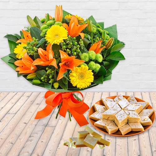 Seasonal Flower and Kaju Barfi Combo