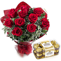 Tasteful Tradition of Ferrero Rocher with Stunning Red Roses Bouquet