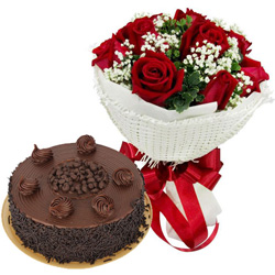 Shop Online Red Roses Bouquet with Chocolate Cake