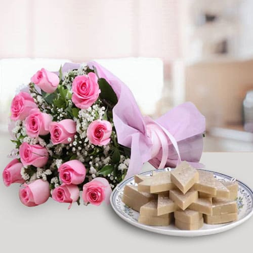 Online Combo of Pink Roses and Kaju Katli