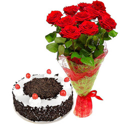 Send Combo of Red Roses Bouquet N Black Forest Cake Online