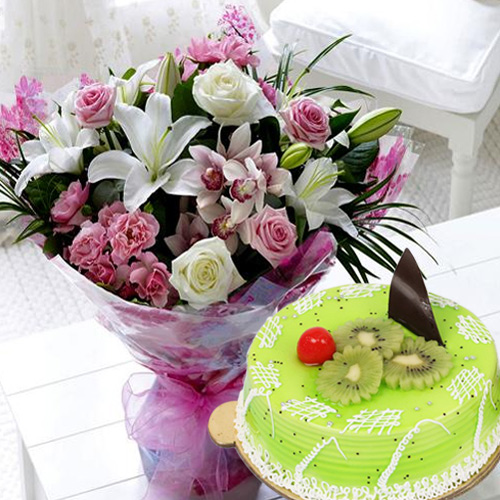 Send Online Mixed Flowers Bouquet with Kiwi Cake