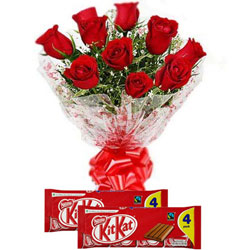 Online Nestle Kit Kat with Red Roses Bouquet