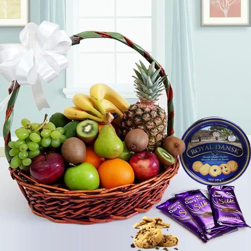 Buy Fresh Fruits Basket with Danish Cookies N Chocolates