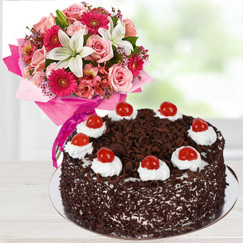Online Combo of Mixed Flowers Arrangement N Black Forest Cake