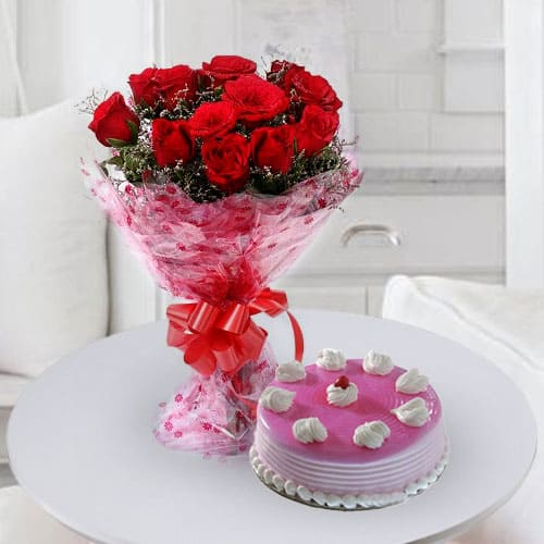Buy Birthday Strawberry Cake with Rose Bouquet