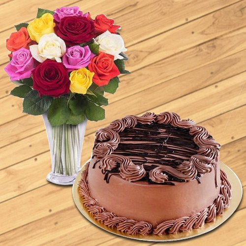 Order Mixed Roses in Glass Vase with Chocolate Cake Online