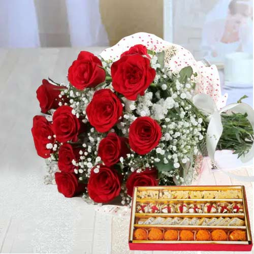 Brilliant Love Delight Bright Red Roses Bunch and Sweets