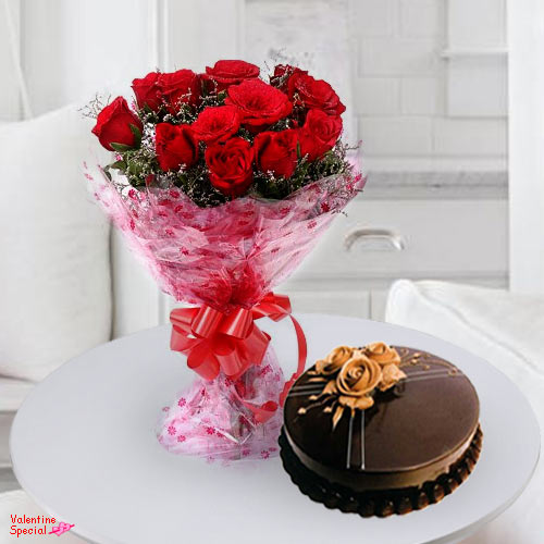 Gift Online Red Roses Bouquet N Cake
