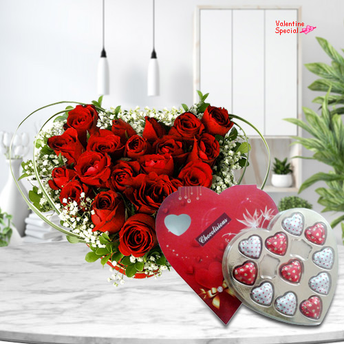 Send Heart Shape Red Roses Bouquet N Chocolate Box for Chocolate Day