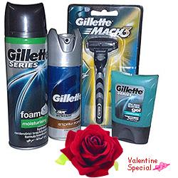 Refreshing Gillette shaving pack
