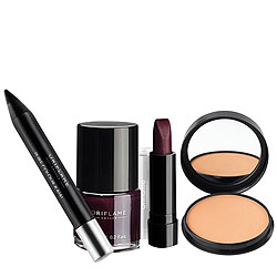 Turn Glamorous Oriflame Make Up Hamper