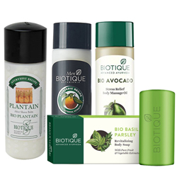 Sophisticated Present of Biotique Gift Combo for Men