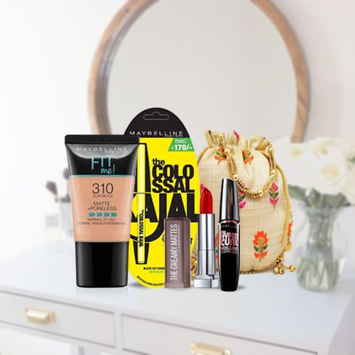 Beautiful Looking Maybelline New York Day Night Makeup Kit