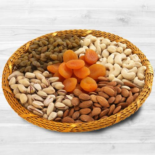 Exclusive Dry Fruits Basket (1kg)