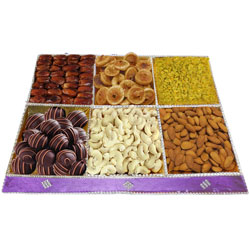 Cheer-Some Surprise Dry Fruit and Chocolate Assortment