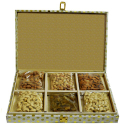 Remarkable Gift of Mixed Dry Fruits Pack