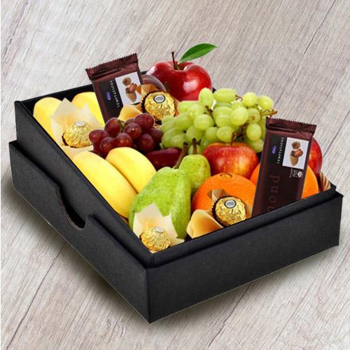 Enticing Fresh Fruits n Chocolates Gift Box