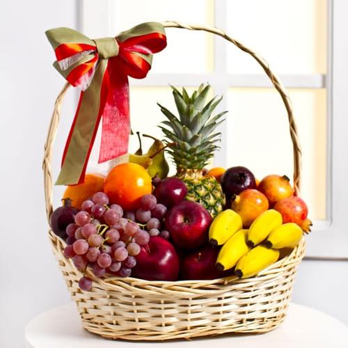 Delectable Fresh Fruits Gift Basket
