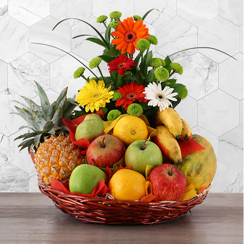 Aromatic Fruits n Flowers Gift Basket